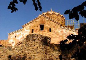 پاورپوینت تحلیل کلیسای سنت استپانوس