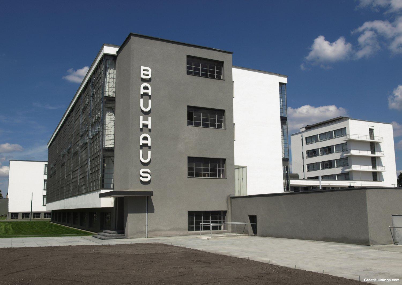 پاورپوینت تحلیل مدرسه معماری باوهاوس Bauhaus
