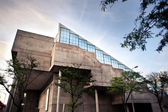 پاورپوینت تحلیل دانشکده معماری هاروارد harvard