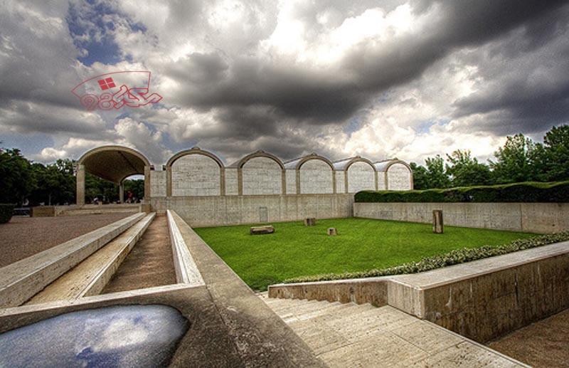 پاورپوینت معماری موزه کیمبل لویی کان